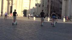 Fenomeno monopattini a Roma, assessore: