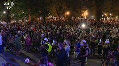 Federali restano a Portland, in centinaia in piazza mentre Trump lo annuncia