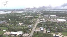 Louisiana, impianto chimico in fiamme: si alza una densa colonna di fumo