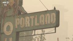 Incendi in Usa, Portland coperta da una coltre di fumo