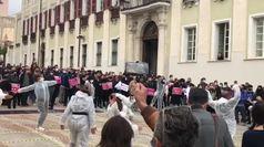 Il mondo dello spettacolo in piazza, da Torino a Bari