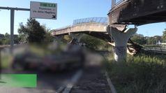 Crolla ponte ciclopedonale a Roma, nessun ferito
