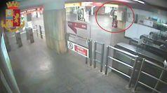 Roma, fermati due ladri di defibrillatori della metropolitana