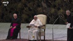 Covid, il Papa ai fedeli: