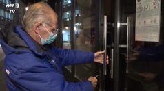 A Bruxelles ristoranti chiusi per frenare il Covid, un gestore:
