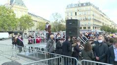La Francia in piazza dopo l'uccisione di Samuel Paty