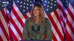 Torna Melania: non condivido sempre come Trump tweetta ma bene che parli ai cittadini