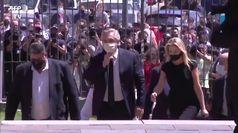 Argentina, il presidente Fernandez rende omaggio a Diego Armando Maradona