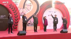 La maratona di Shanghai sfida il coronavirus con 9 mila corridori