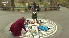 New York, i fan dei Beatles omaggiano John Lennon a 40 anni dalla morte