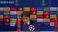 Champions, Conte: