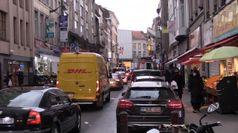 Covid, folla a Bruxelles per riapertura negozi