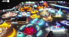 Cina, torri e palazzi di ghiaccio incantano i visitatori al festival di Harbin