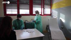 Vaccino: Fase 2 in 1.500 siti, app e sms per prenotare