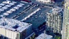 San Diego, enorme centro di vaccinazioni visto dall'alto