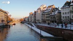Strasburgo, la neve ricopre la citta'