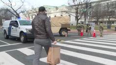 Washington, pasti caldi alle truppe schierate per l'inaugurazione della presidenza Biden