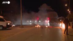 Tunisia, Sfax: pneumatici bruciati e scontri per la quarta notte consecutiva