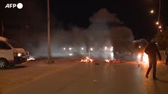 Riesplode la rabbia in Tunisia, scontri e centinaia di arresti