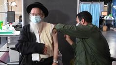 In Israele si vaccina anche nei bar e da Ikea