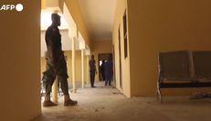 Attacco in una scuola in Nigeria, rapite oltre 300 studentesse
