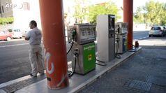 Benzina senza sosta, prezzo sale da 20 settimane