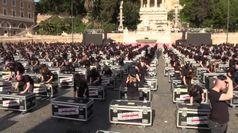 Mille bauli a piazza del Popolo: