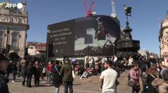 Funerali Filippo, Londra: Piccadilly Circus durante il minuto di silenzio