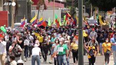 Vaccini, in Venezuela il personale sanitario in piazza con Guaido'